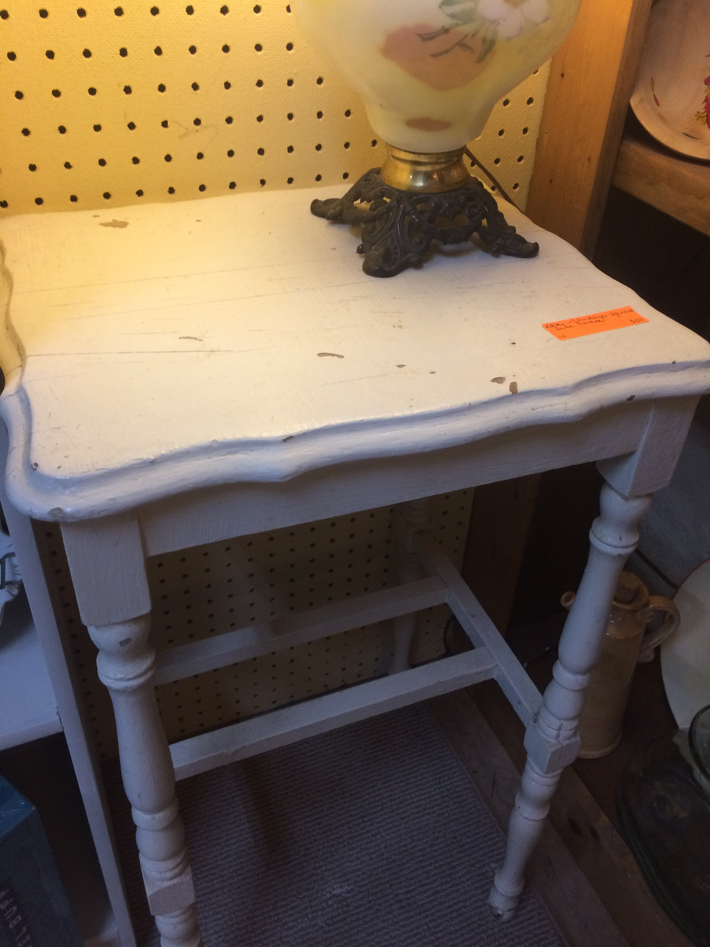 Furniture - Vintage Side Table